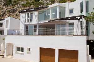 Chalet for sale in Altea la Vella, Alicante.
