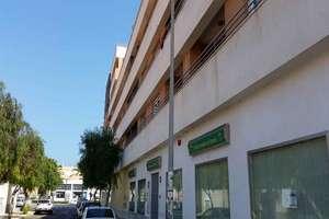 Piso venta en Centro Comercial, Roquetas de Mar, Almería.