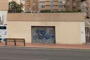 Commercial premise for sale in Ciudad Jardin, Almería.