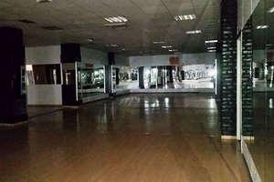 商业物业 出售 进入 Regiones, Almería.