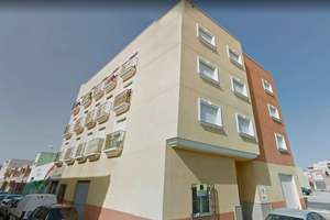 Flat for sale in Pintor Rosales, Roquetas de Mar, Almería.