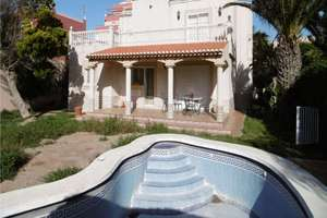 Chalet for sale in Urb. Roquetas de Mar, Almería.
