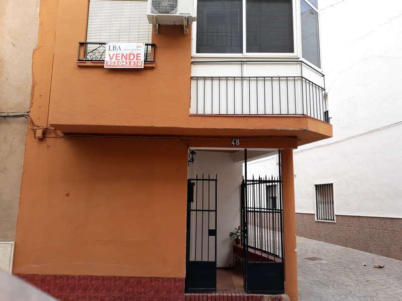 fotografía de vivienda en Calle Baeza