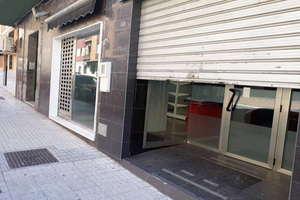 Locale commerciale en Plaza Colon, Linares, Jaén.