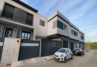 房子 出售 进入 Barrio nuevo, Bailén, Jaén.