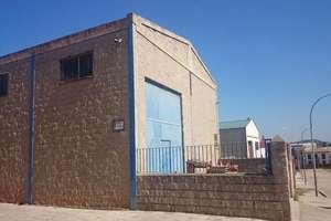 Nave industrial venta en Baños de la Encina, Jaén.