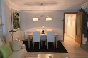 Semidetached house for sale in Alginet, Valencia.