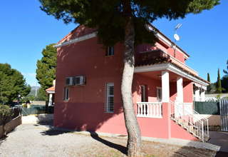 Semidetached house for sale in Náquera, Valencia.
