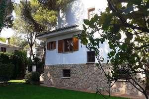 独栋别墅 出售 进入 Riba-roja de Túria, Valencia.