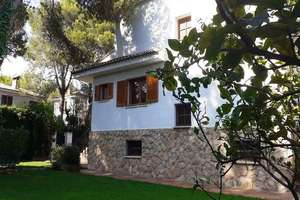 Semidetached house for sale in Riba-roja de Túria, Valencia.