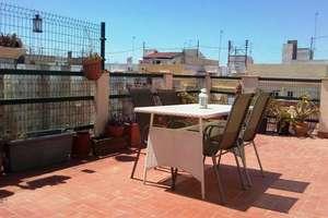 Penthouse for sale in Plaza de España, Valencia.