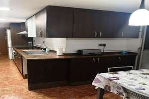 Flat for sale in San Isidro, Valencia.