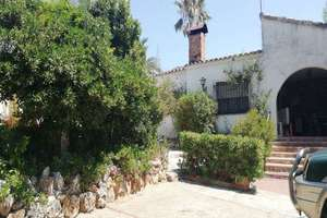 Chalet for sale in Entrepinos, L´Eliana, Valencia.