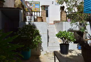 House for sale in Cheste, Valencia.