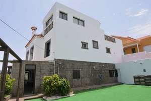 Chalet for sale in Firgas, Las Palmas, Gran Canaria.