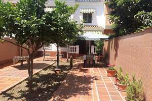 Chalet for sale in Avda. Villa de Madrid, Vélez-Málaga.