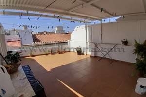 House for sale in Plaza de las Indias, Vélez-Málaga.