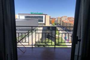 Piso en Corte Inglés, Salamanca.