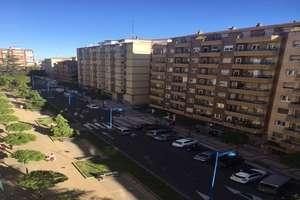 平 进入 Avenida Alfonso VI, Salamanca.