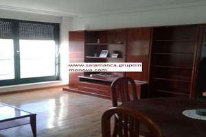 Flat for sale in Capuchinos, Salamanca.