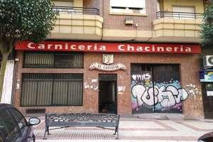 Local comercial en Avenida Alfonso VI, Salamanca.