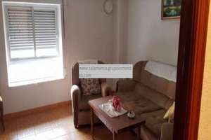Flat for sale in Garrido, Salamanca.