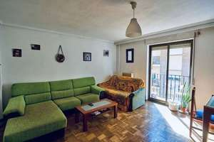 Flat for sale in Canalejas, Salamanca.
