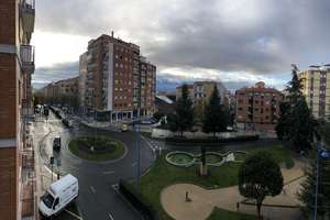 Flat for sale in Plaza de Madrid, Salamanca.