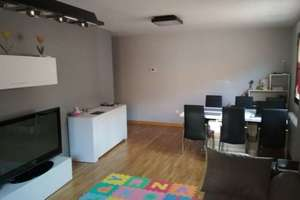 Flat for sale in Castellanos de Moriscos, Salamanca.