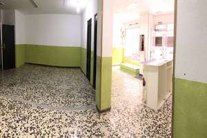 Commercial premise in Estación de Tren, Salamanca.