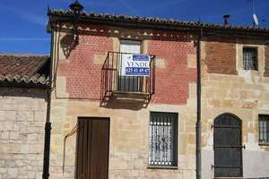 House for sale in Gomecello, Salamanca.