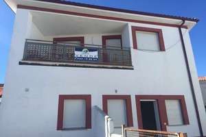 Cluster house for sale in Matilla de los Caños del Río, Salamanca.