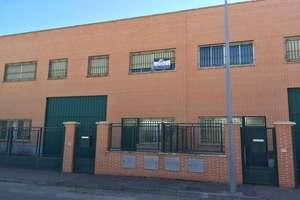 Warehouse for sale in Castellanos de Moriscos, Salamanca.