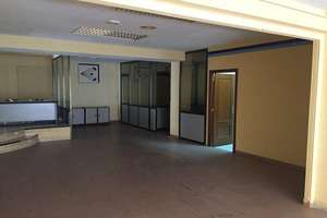 Commercial premise for sale in Gran Capitán, Salamanca.
