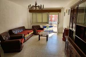 Flat for sale in El Encinar, Salamanca.