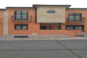 Cluster house for sale in Jesus Arambarri, Salamanca.