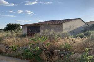 Other properties for sale in Fuentes de Oñoro, Salamanca.