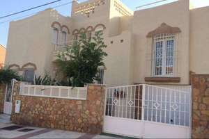 Chalet for sale in Centro, Aguadulce, Almería.