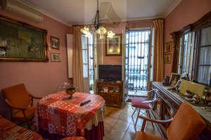 Wohnung zu verkaufen in Arenal, Casco Antiguo, Sevilla.