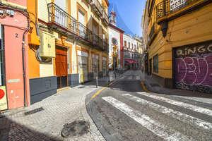 Geschäftslokal in Encarnación-Regina, Casco Antiguo, Sevilla.