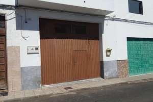 Commercial premise for sale in Altavista, Arrecife, Lanzarote.