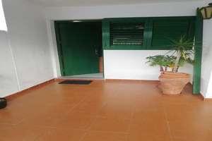 Zweifamilienhaus zu verkaufen in Playa Honda, San Bartolomé, Lanzarote.