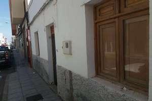 Maison de ville vendre en Vecindario, Santa Lucía de Tirajana, Las Palmas, Gran Canaria.