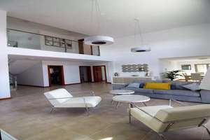 Chalet Luxury for sale in Tías, Lanzarote.