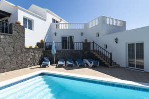 Chalet for sale in Tías, Lanzarote.