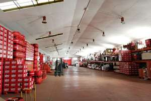 Warehouse for sale in Humanes de Madrid.