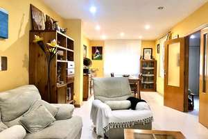 Chalet for sale in La Laguna (Laguna Park), Parla, Madrid.