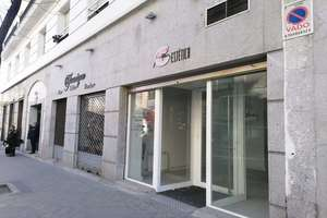 Commercial premise for sale in Río Rosas, Madrid.