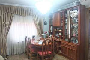 Flat for sale in Almendrales, Usera, Madrid.