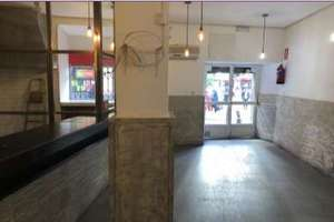 Commercial premise for sale in Palacio, Centro, Madrid.